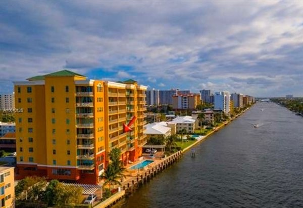 Riverside Grande Waterfront Condos For Sale in Pompano Beach