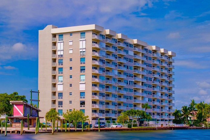 Waters Edge Condos in Pompano Beach