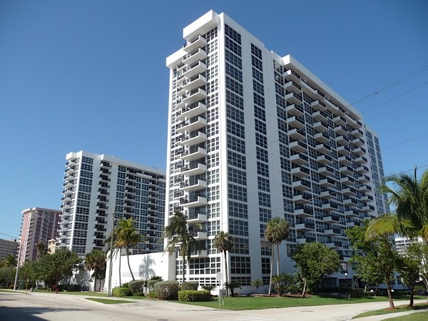 Silver Thatch Atlantic Plaza Condos in Pompano Beach