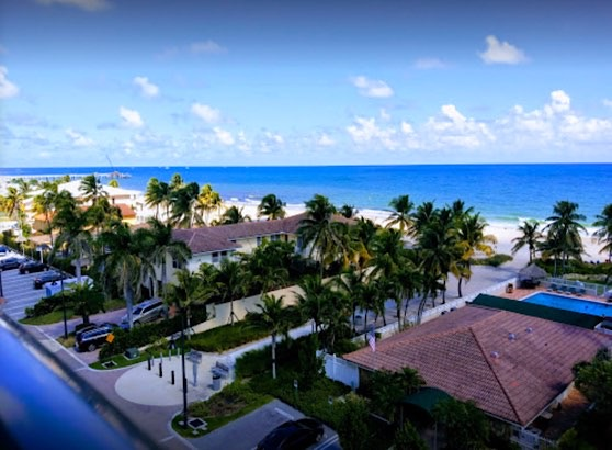 Christopher House Condos 