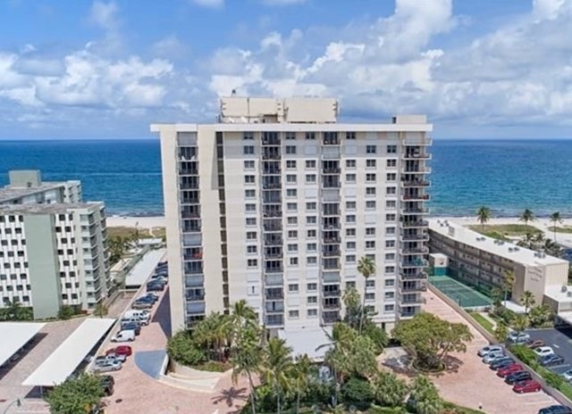 Ocean Place Condos For Sale in Lauderdale-By-The-Sea