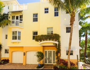 Village at Seagrape Townhomes For Sale in Lauderdale-By-The-Sea
