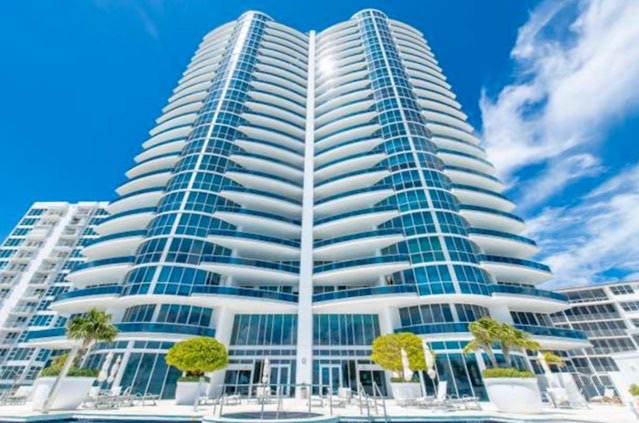 Aquazul Condos For Sale in Lauderdale-By-The-Sea
