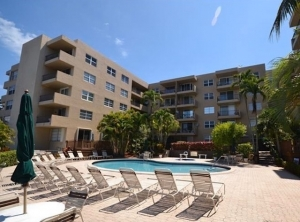 Rio Espana Condos For Sale in Pompano Beach