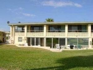 Beach Villas Condos For Sale in Pompano Beach