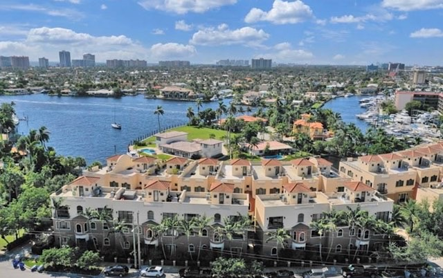 Santa Barbara Estates Townhomes For Sale in Pompano Beach