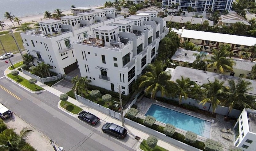 Ocean Pearl Townhomes For Sale in Pompano Beach