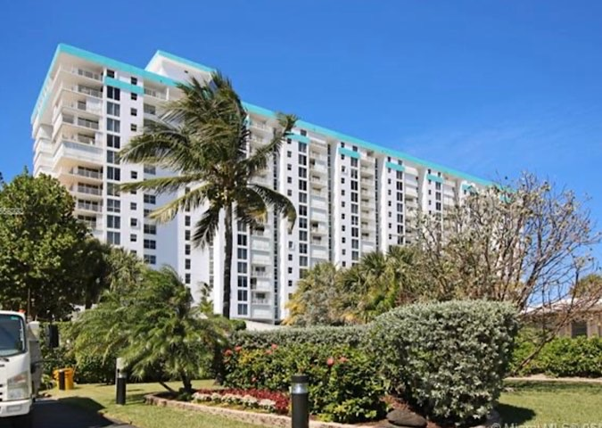 Pompano Beach Aegean Condos For Sale in Pompano Beach