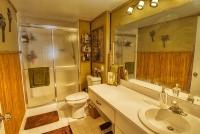 Cypress Bend Condos For Sale in Pompano Beach master bathrooom