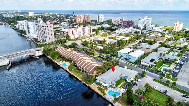 Twin Water Coop For Sale in Pompano Beach