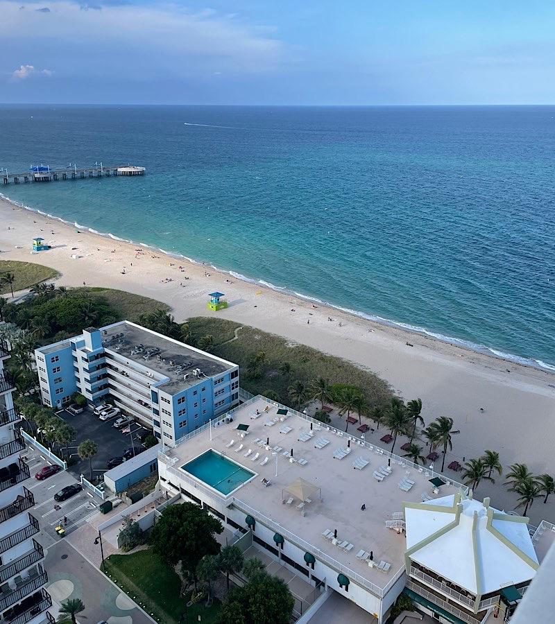 Pompano Beach Oceanfront Condos For Sale in Pompano Beach